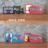 Marco de fotos Súper Papá 🦸♂️🧔  Si tienes una foto favorita con tu padre y no sabes dónde ponerla... ¡No te preocupes! Aquí tienes estos súper marcos de madera ideales de superhéroes en los que ponerla 😍.  Encuentra todos los modelos disponibles en nuestra web.  #dalevida #dalevidatuvida #díadelpadre #regalosmolones #regalosoriginales #elmejorpapá #papásuperheroe #regalospersonalizables #regalosdivertidos